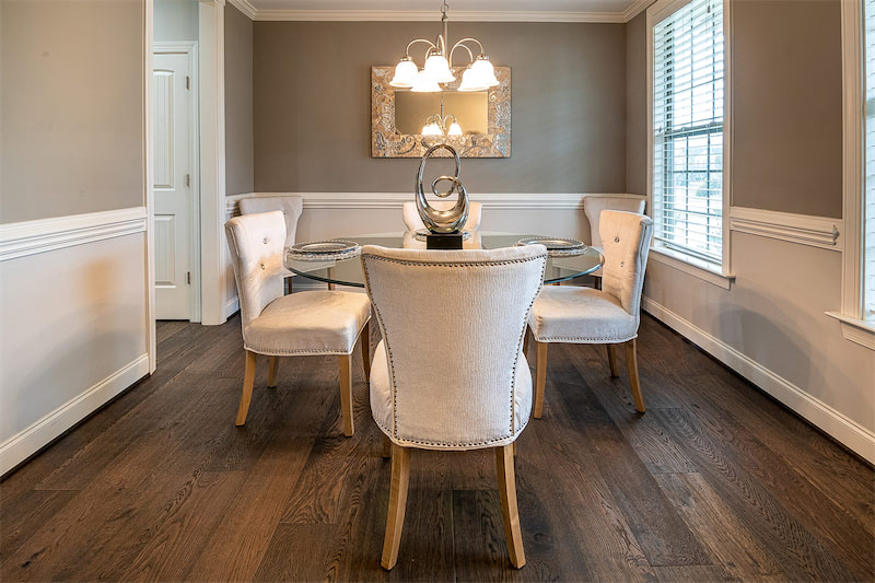 thiết kế sàn gỗ màu tối